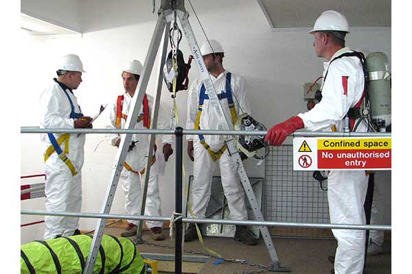 Candidate preparing team for confined space entry